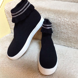 American Eagle Outfitters Knit Sock Booties